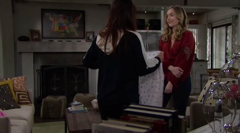 the bold and the beautiful hope parla con steffy di Phoebe